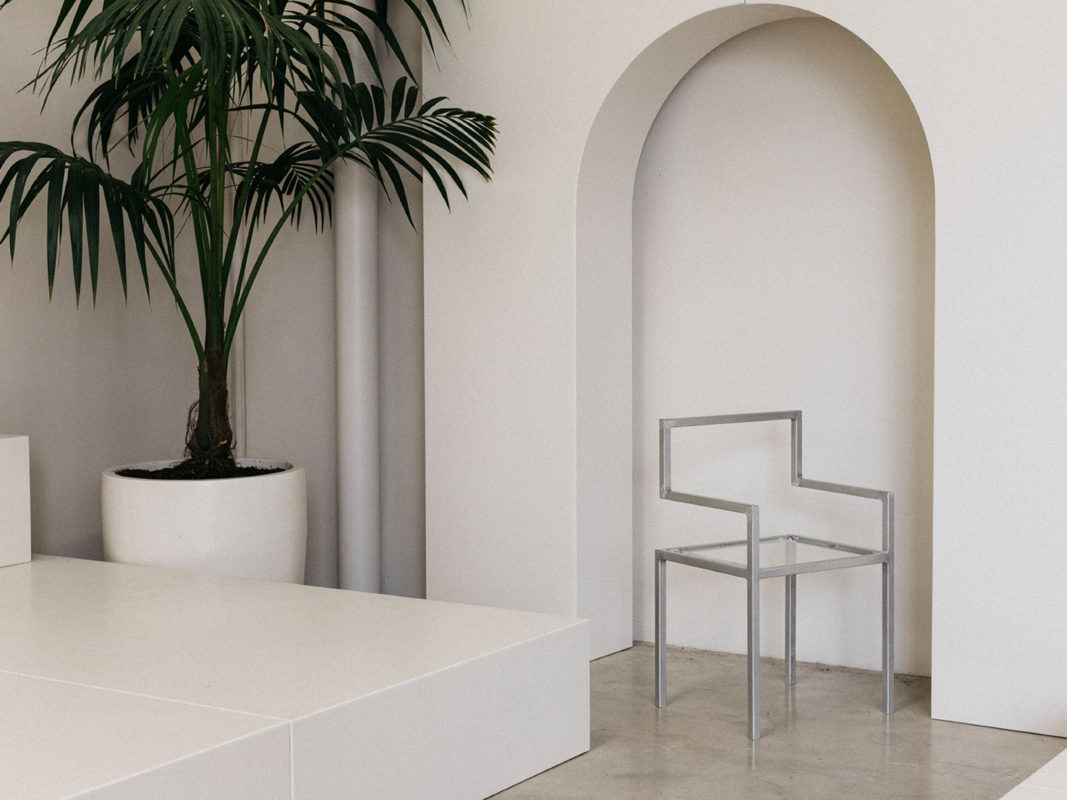 invisible chair by addition studio - designer chairs - designer furniture - homewares and furniture australia - famous designer chairs - designer dining chairs australia